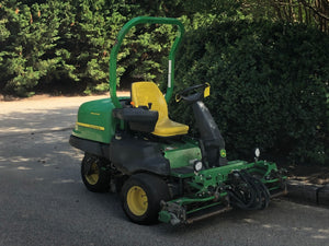 John Deere 2500B Riding Greens Mower (6826)