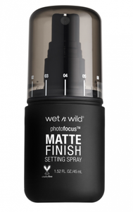 Wet n wild Photo Focus Matte Setting Spray - Matte Appeal - Shopping District