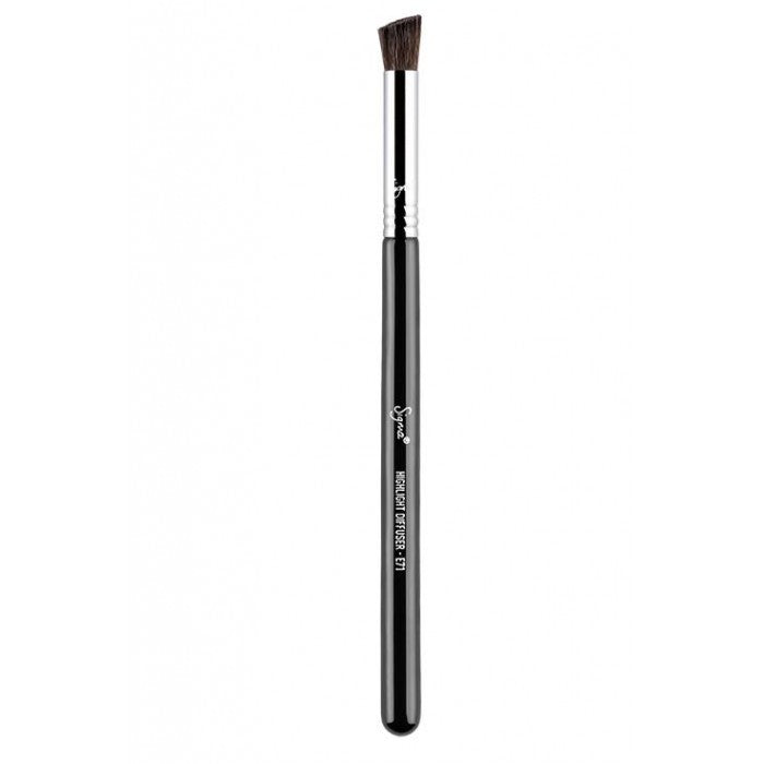 Sigma E71 - Highlight Diffuser™ Brush - Shopping District