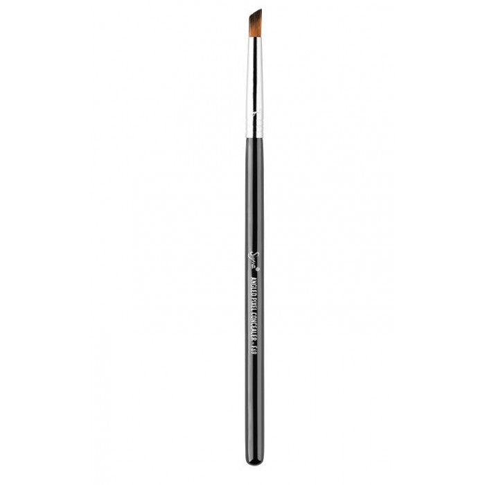 Sigma F69 - Angled Pixel Concealer™ Brush - Shopping District