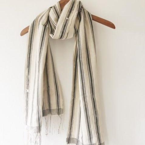 Bakoy Striped Tassel Scarf