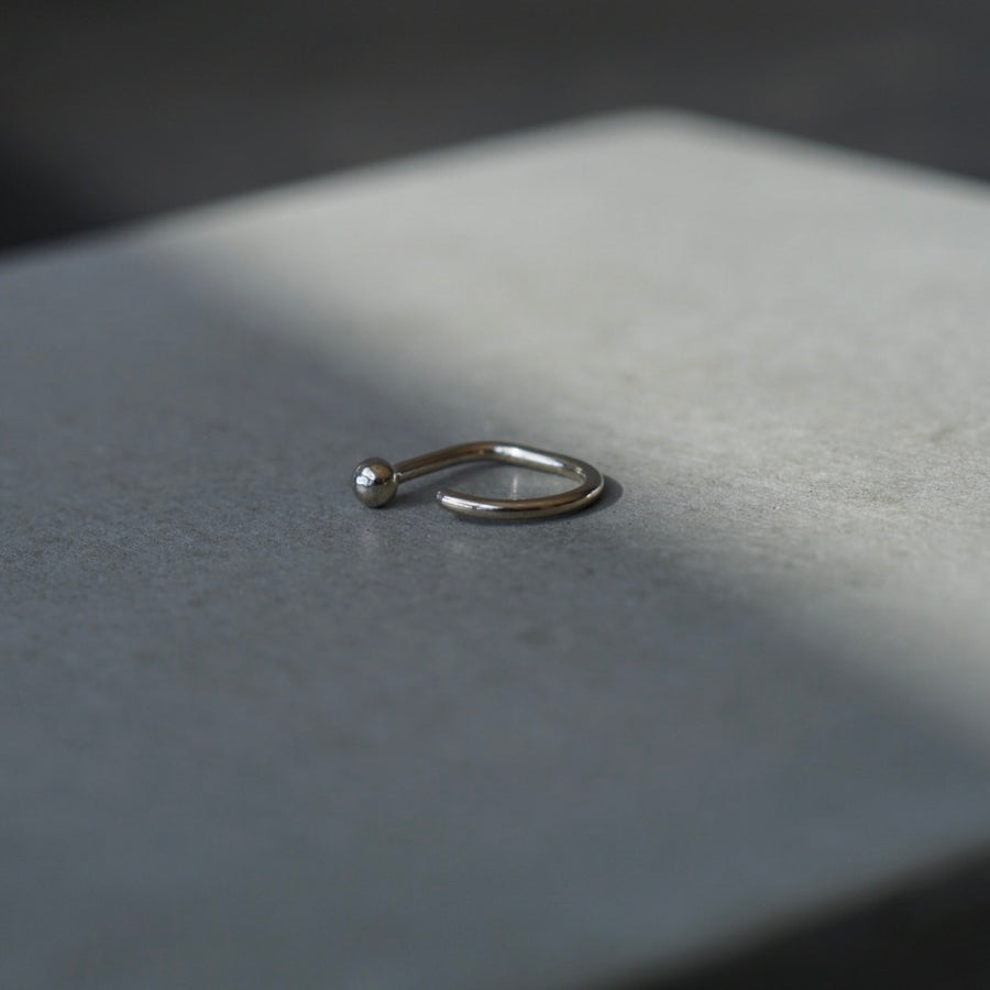 Dot Claw, 14k White Gold