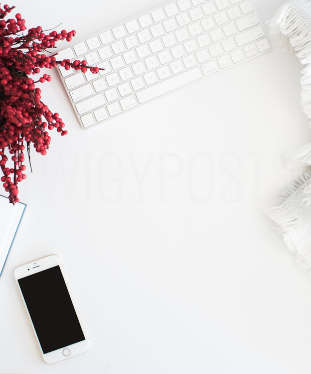 twigyposts,Christmas Desk with iPhone | Portrait,Jana Bishop Collection,Individual Stock Photos