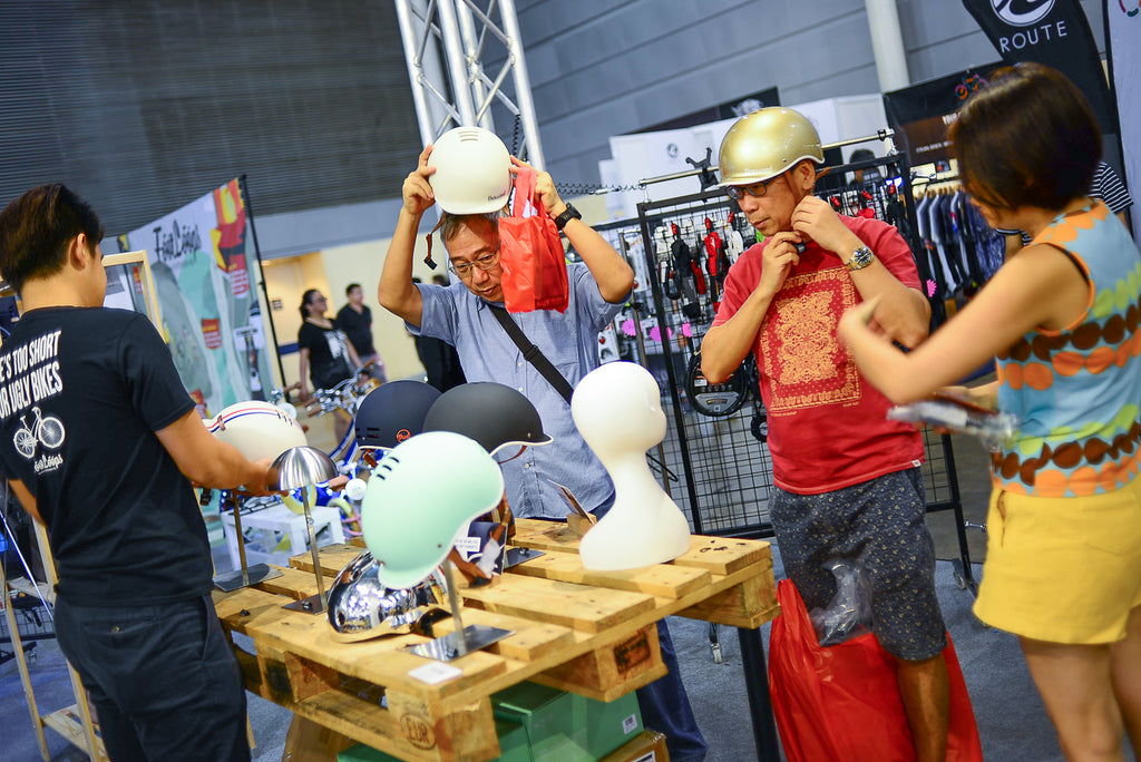 singapore bike show 2017 thousand helmets footloops
