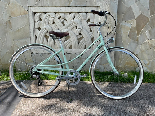 ELECTRA LOFT CLASSIC LADIES CITY BIKE 28 INCH MINT GREEN 7 SPEED + FREE HEADLIGHT AND BIKE LOCK Q5