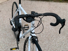 BLAKE DROP BAR - 700C 8 SPEED POLAR WHITE + FREE BIKE LOCK Q5