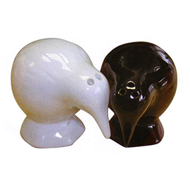Kiwis Salt & Pepper Shakers - 10231