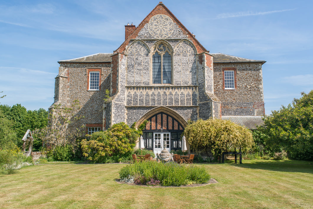 Butley Priory - Enchanting Package - Mid Week 45 - Low Season - 2017/18