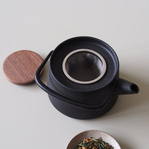 Tetu Cast Iron Teapot
