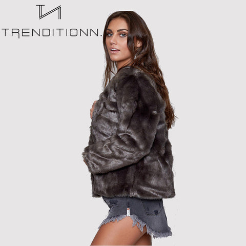 products/Short_faux_fur_coat_purple_grey_zijkant_2.jpg