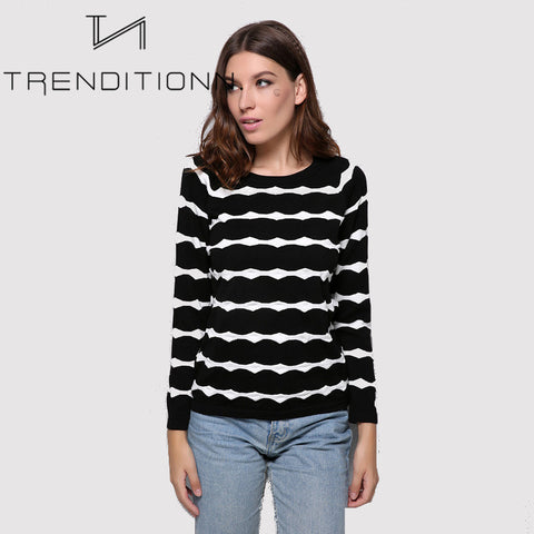 products/black_and_white_striped_sweater_02.jpg