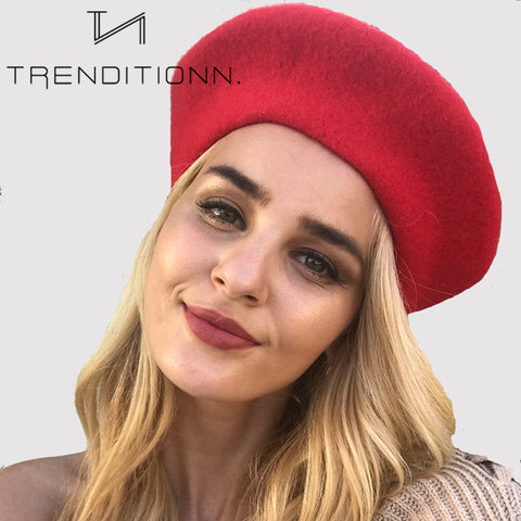 products/frans_mutje_baret_french_baret_pet_cap_hat_red_model.jpg