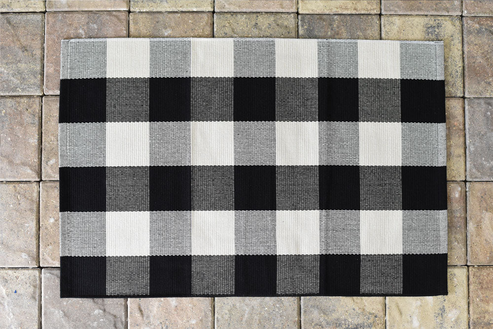 Black and White Buffalo Checked Accent Rug