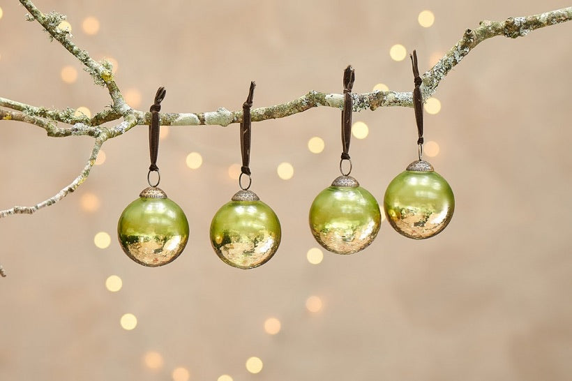 Nari Bauble Set - Antiqued Green