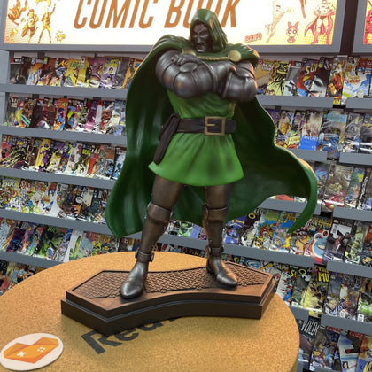 (Pre-Owned) Dr. DOOM FIGURE - Store 974 | ستور ٩٧٤