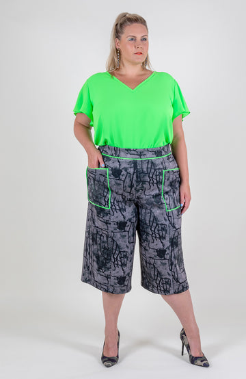 Piped Pocket Wide Leg Shorts
