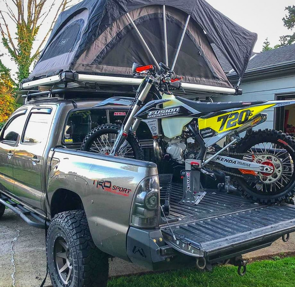 Camping Moto Truck Risk Racing