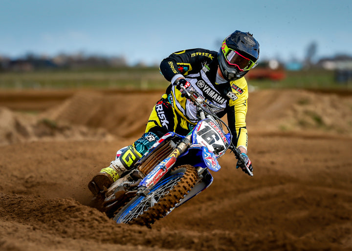 mx num 164 risk racing pro rider wearing RR ventilate jersey pants n gloves
