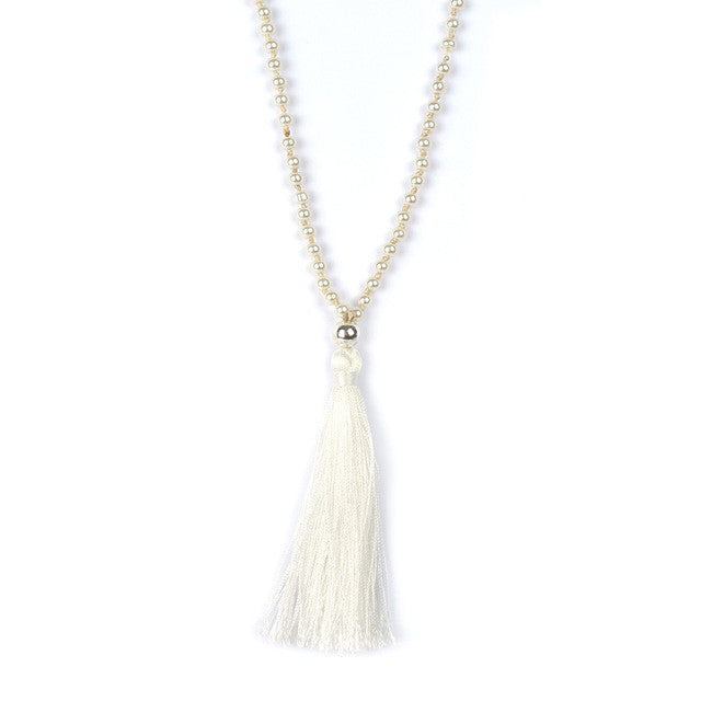 Hippie Chic White Boho Friendship Necklaces for Boho Style Long Necklace StateBoho Stylet Jewelry for Woman Tassel Jewelry