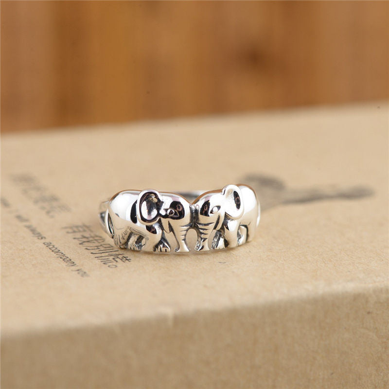 100% Sterling Silver Thai Elephant Ring - Gisselle Morales