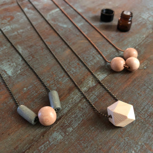 Wood Diffuser Necklace - Mixed Bead