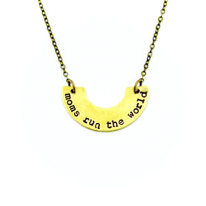 'Moms Run The World' Necklace