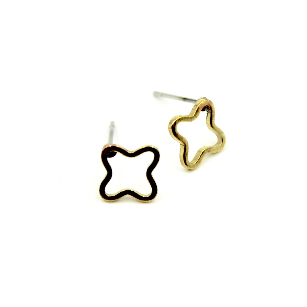 Open Quatrefoil Clover Earrings - Brass