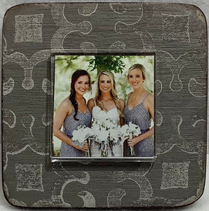 Frame - 2x2 photo on 4x4, Magnet (more colors available)