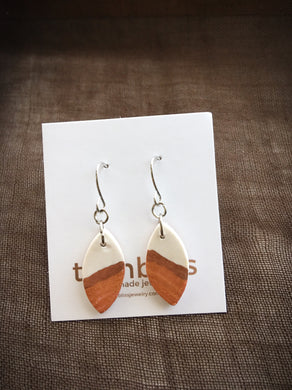 Earth & Sky Artisan Earrings - Petite Leaf/Gold