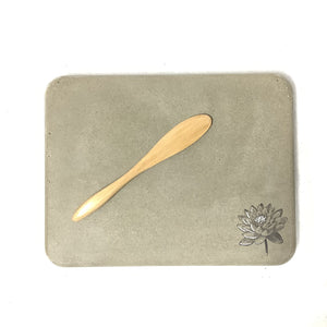 Rectangle Cheeseboard with Black/Gray/White Flower