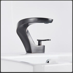 Brushed Gold Modern European Design Single Hole Bathroom Faucet