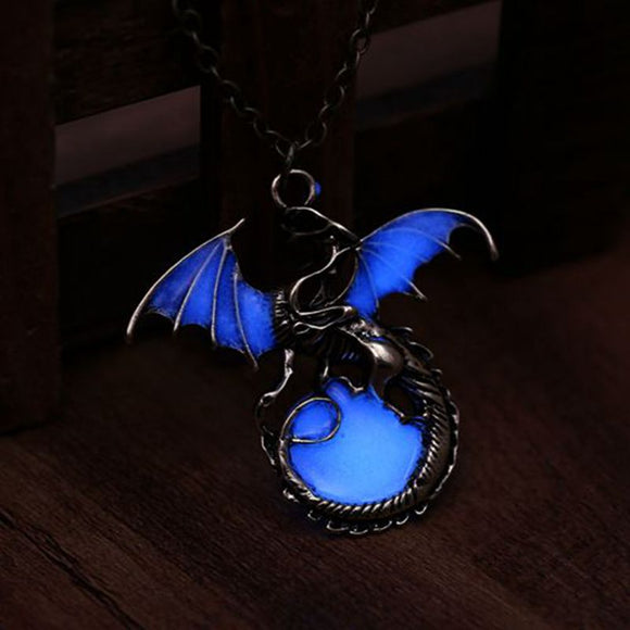2017 Retro Dragon Glow in the Dark necklace Silver Chain Jewelry Ancient Dragon Pendants & Necklaces Mens Punk Dragon Necklace