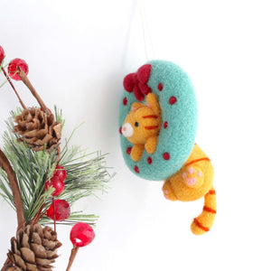 Needle Felted Cat in Christmas Wreath by Wild Whimsy Woolies