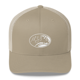 White Oval Lion Trucker Kap