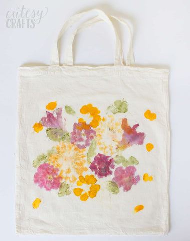 Happy Gardens - DIY Pounded Flower Tote