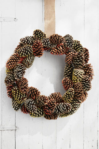 Happy Gardens - Pine Cone Wreath