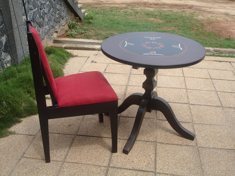 black single table