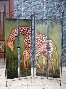 Screen  Giraffe