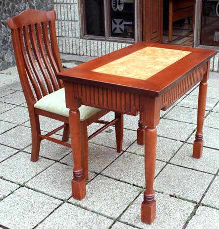 Table & Chair