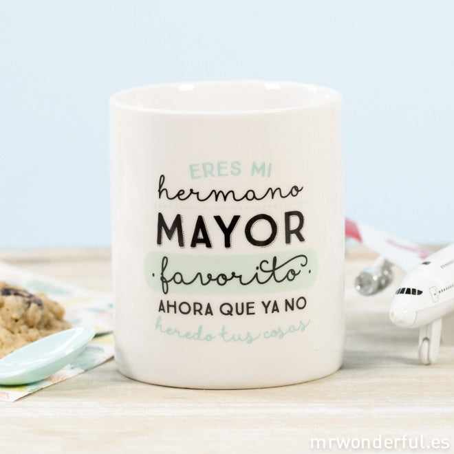 "TAZA ""ERES MI HERMANO MAYOR FAVORITO"""