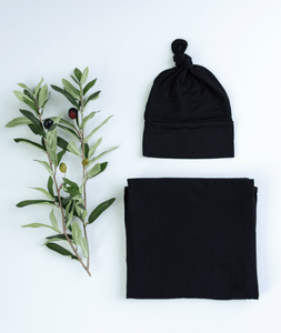 BLACK  Blanket and Hat Baby Bundle