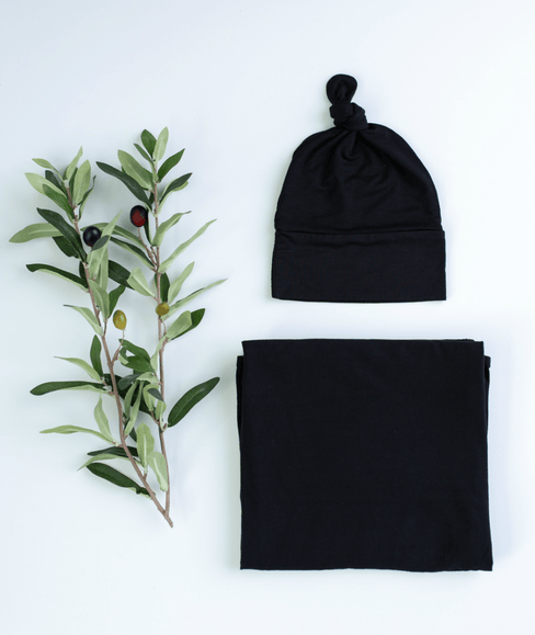Baby Swaddle Blanket & Hat Bundle - Black - Undercover Mama