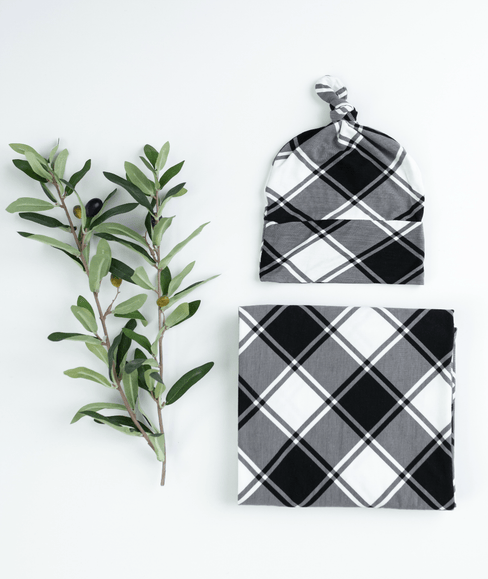 Baby Swaddle Blanket & Hat Bundle - Black & White Checked - Undercover Mama