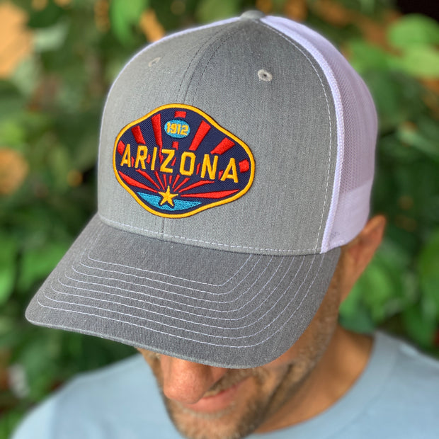 The Arizona 1912 Trucker - Light Grey