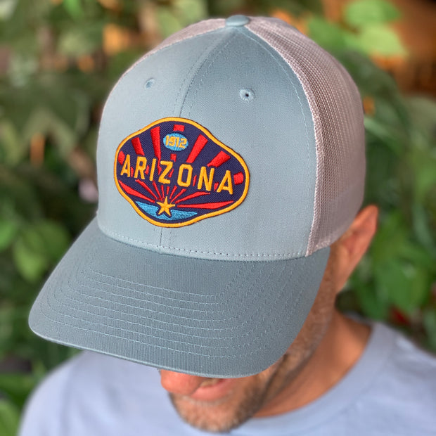 The Arizona 1912 Trucker - Light Blue