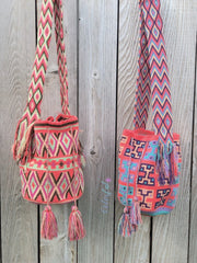 Colorful4u - Coral Pink Crochet Bags
