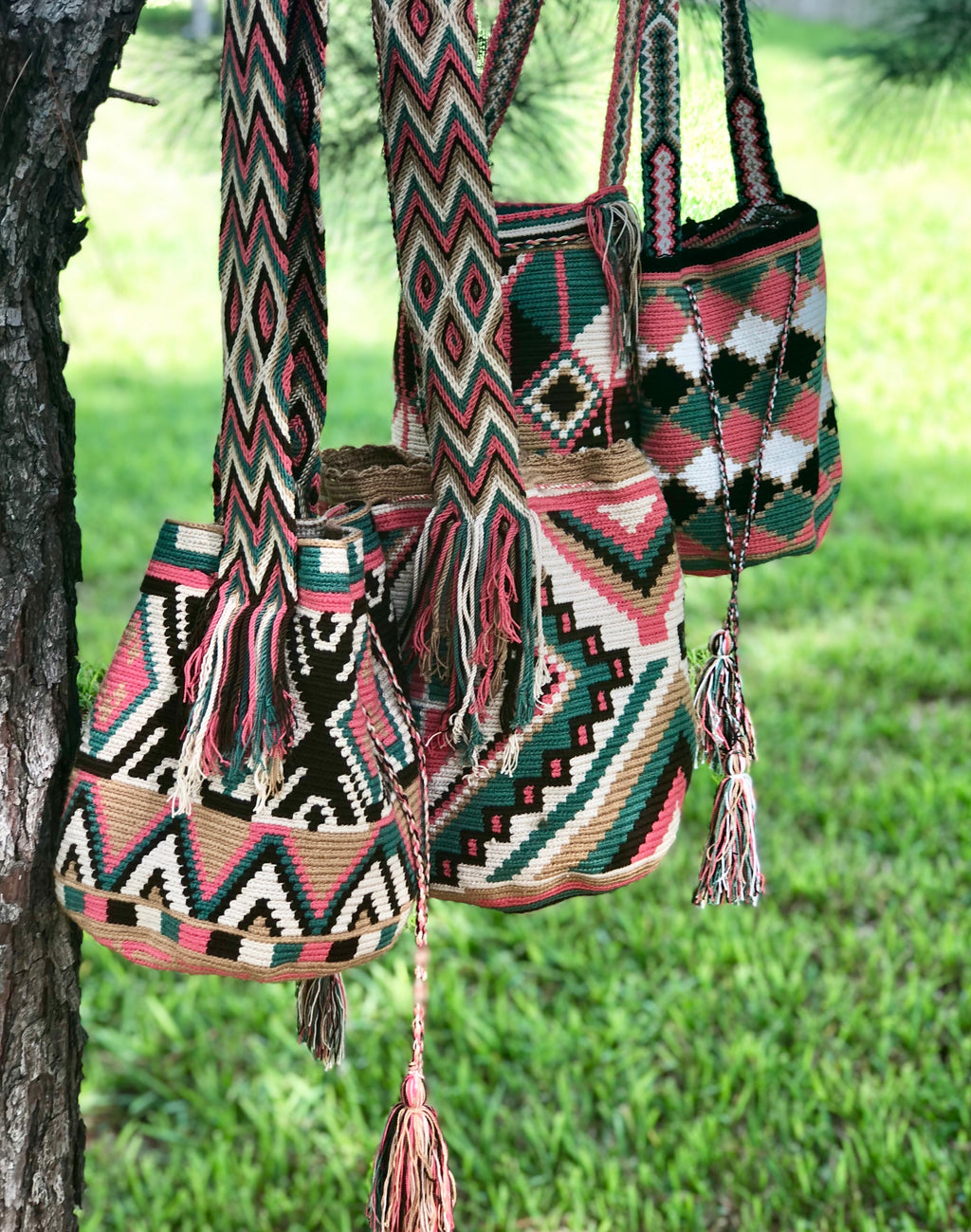 Crossbody Crochet Boho Bags - Traditional Wayuu Mochila - Bucket Bag