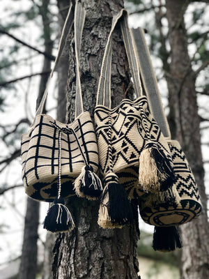 Off-White & Black - Crochet Fashion Bag - Crossbody Boho-Wayuu Mochila