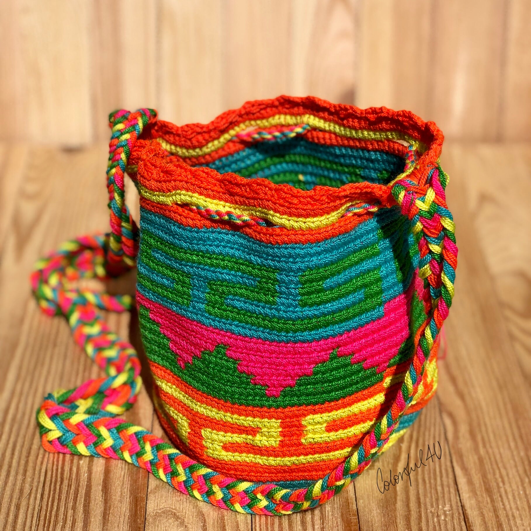 Colorful Mini Crochet Bag - Authentic Wayuu Mochila Bag -  Style MWPD27