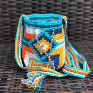 Colorful Mini Crochet Bag - Authentic Wayuu Mochila Bag -  Style MWPD30
